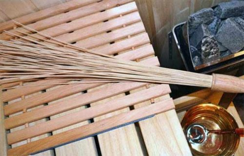 pic bamboo-whisk