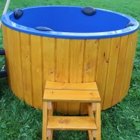 hot-tub-round-outside-24
