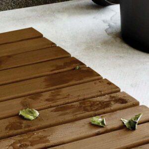 pic 2 colorless floor oil supi lattiaoljy
